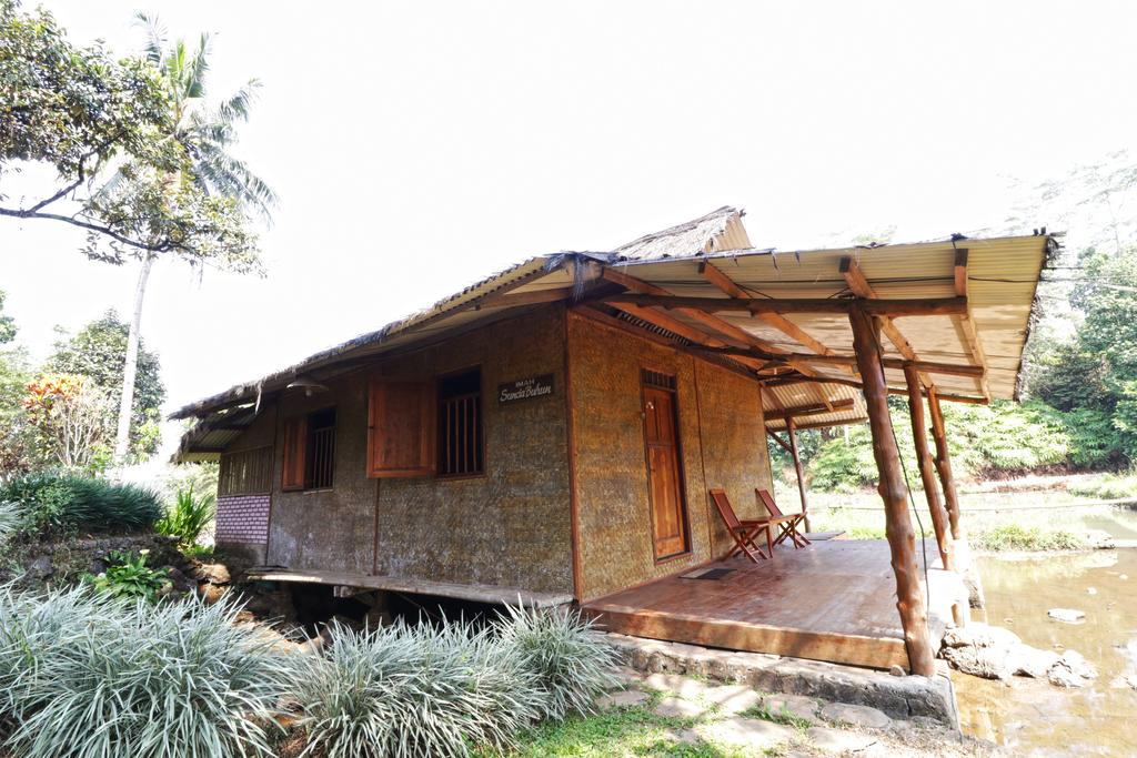 Desa Wisata Sari Bunihayu