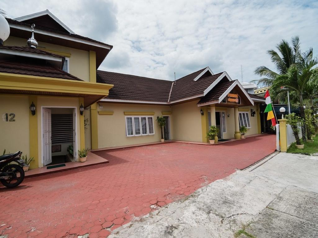 RedDoorz near Taman Bekapai 2