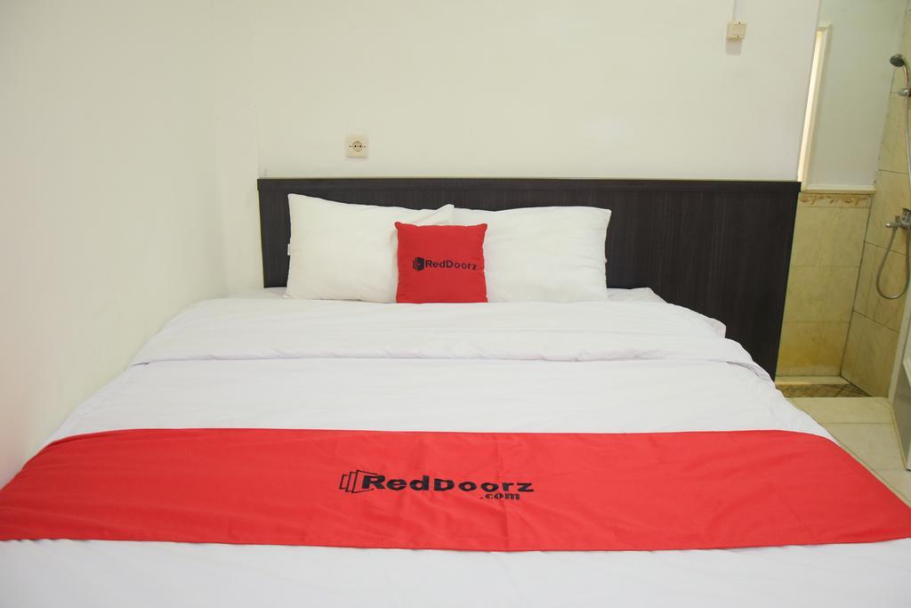 RedDoorz near GOR Satria Purwokerto