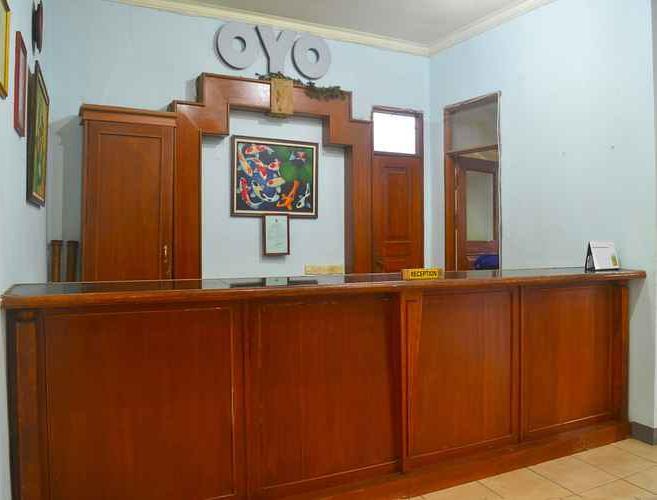 OYO 1240 Hotel Pantai Jaya
