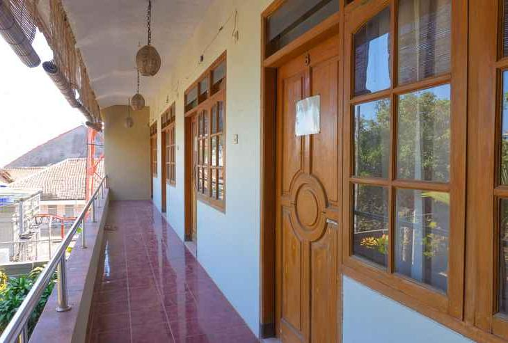 OYO 1449 Cahaya Guest House